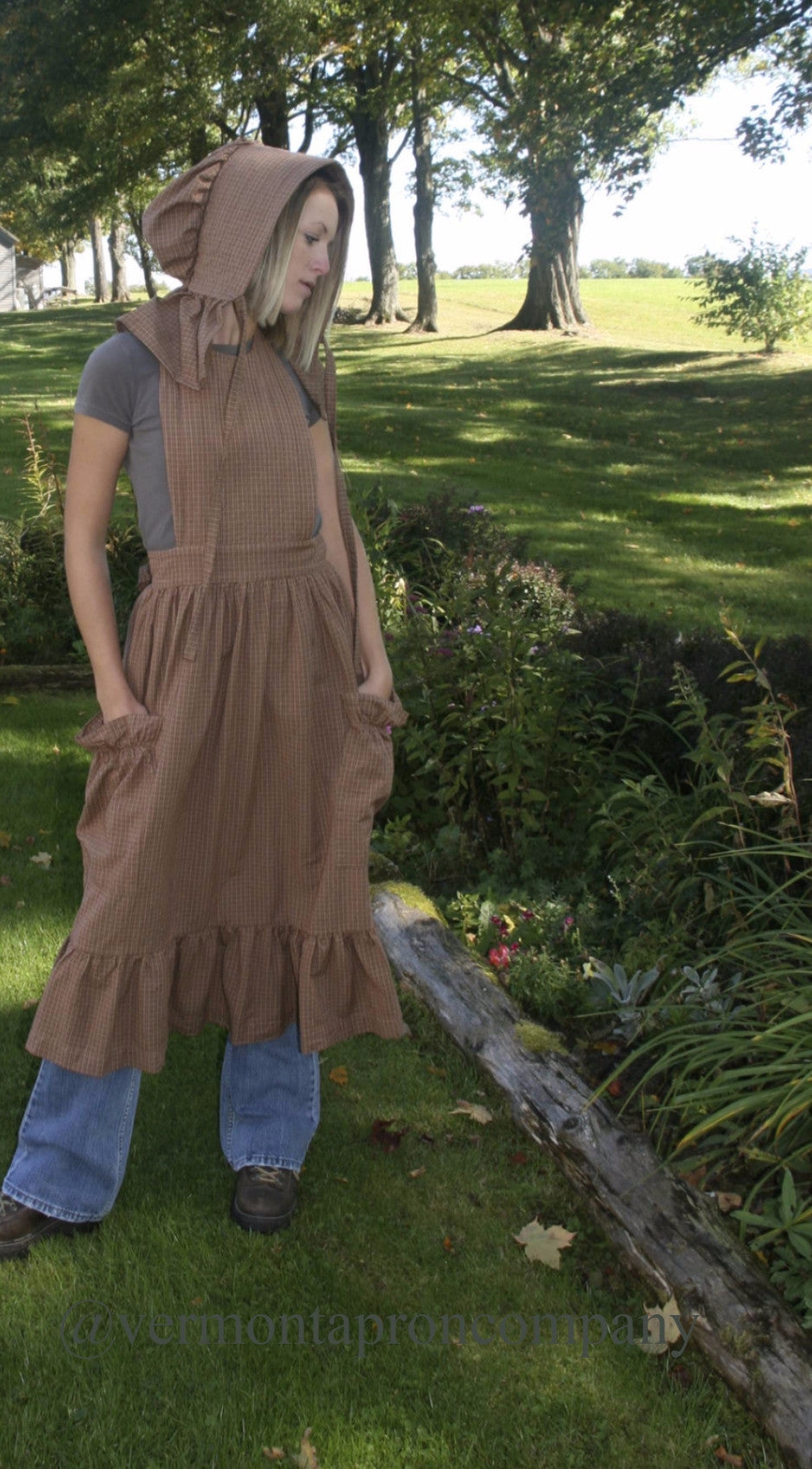 Prairie Apron in Country Brown 100% Cotton Homespun, front view
