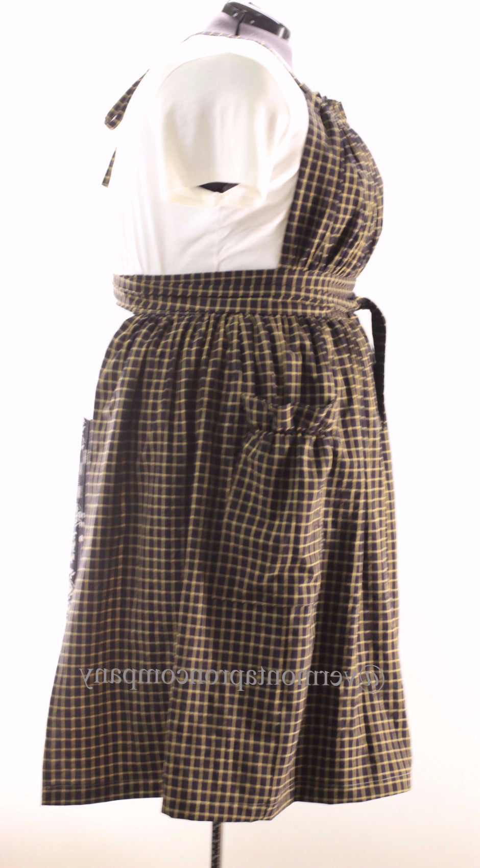 XS-5X  Gathered Bib Apron in Black 100% Cotton Homespun, plus size, side view