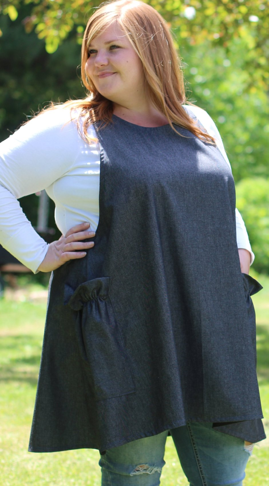 XS-5X No Tie Crossback Apron in Black Denim, plus size, front/ side view