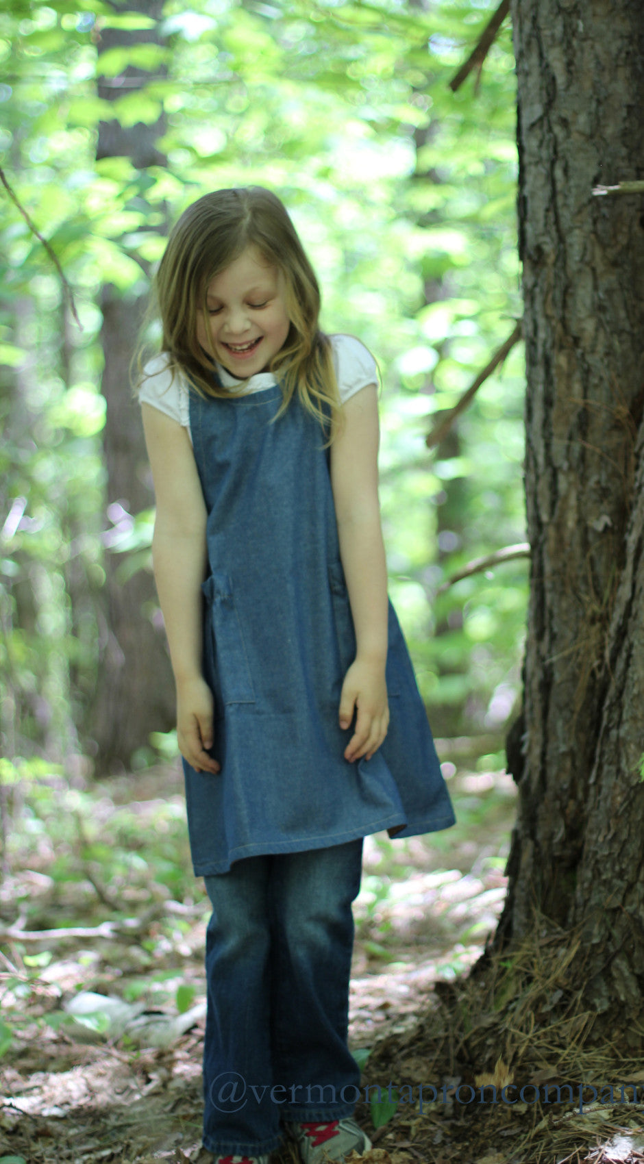 Children's No Tie Apron in Denim with Crisscross Back, front view