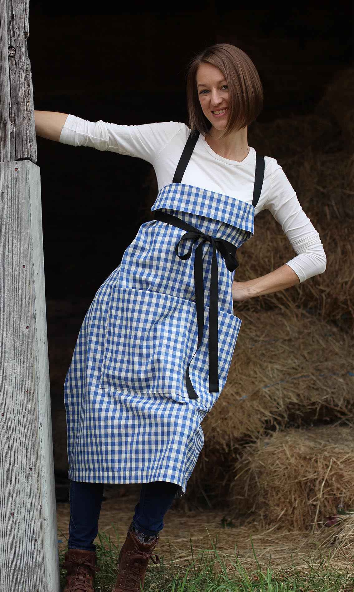 The Wrap Apron in Blue and White Check by The Vermont Apron Company - Pocket View