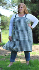 XS-5X Wrap Apron in Black and White 100% Cotton Homespun, front view