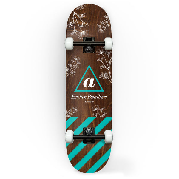 Autonomy Skateboards Complete - Evelien Bouilliart lll Serif
