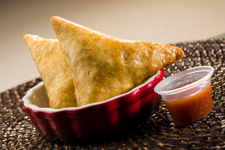 Global Village Cuisine | Samosa Sampler (Curry Vegetable (6), Chicken (6), and Beef (6))