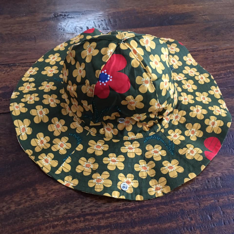 Sun hat flower olive duns sweden photo by @kidsloverainbowcolours