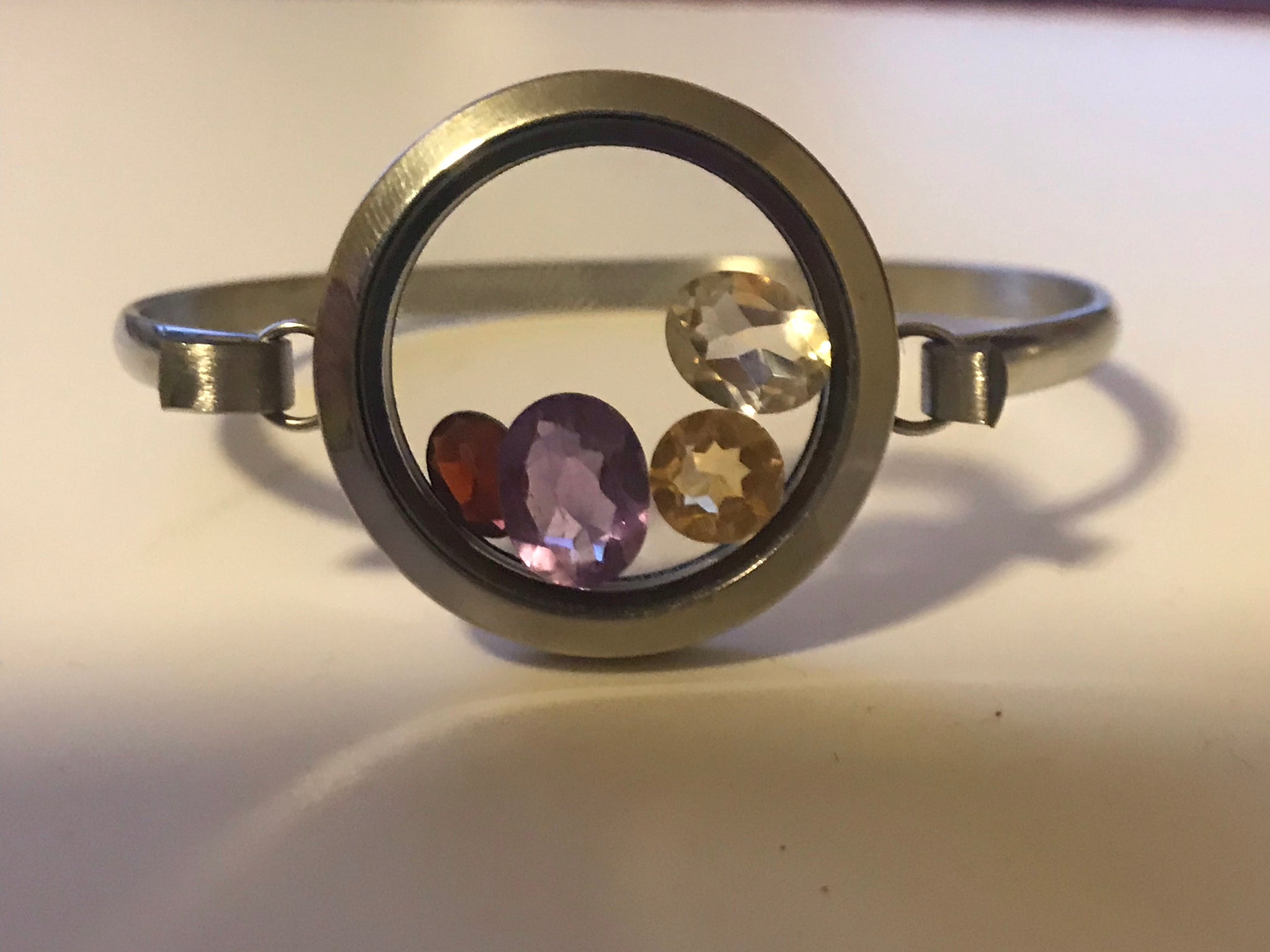 Gem Circle Locket Bracelet