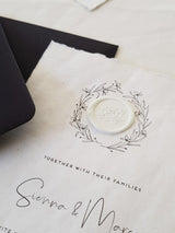 Minimal Luxe Invitation