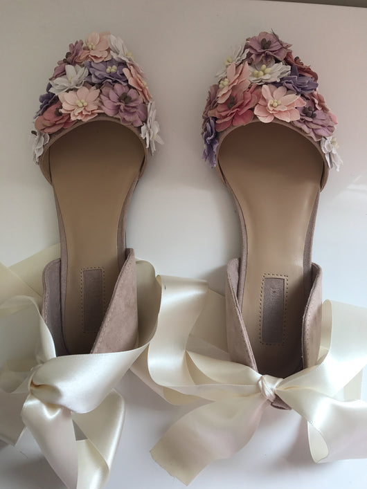 SAMPLE Violetta Floral ribbon flats