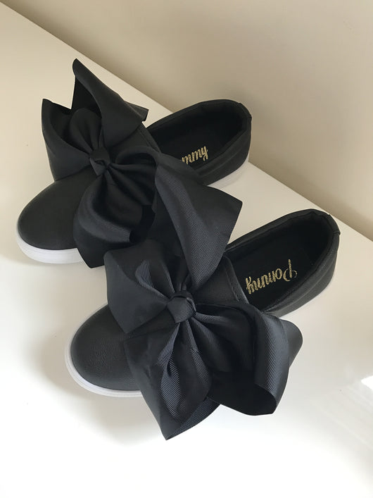 Emmy Black Bow Sneakers