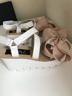 Ferne Nude Bow Wedges