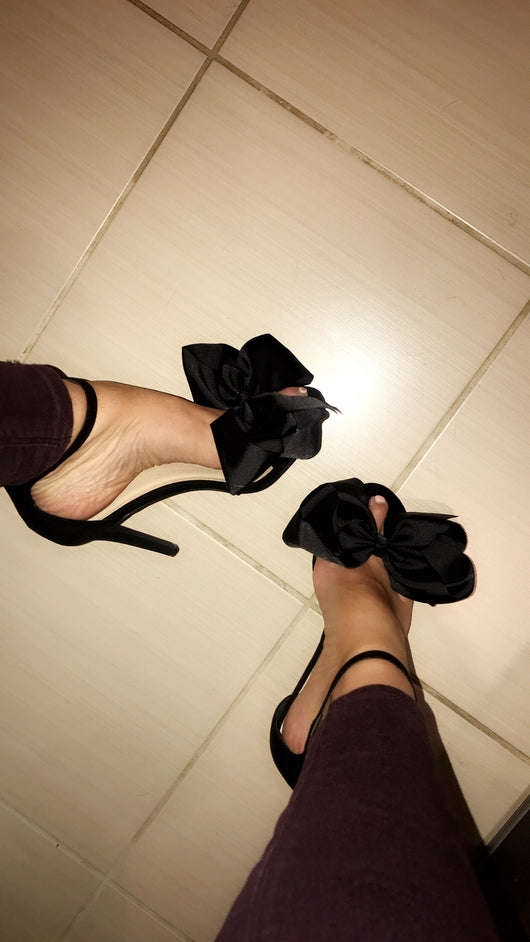 Flossy Stiletto Black Heels