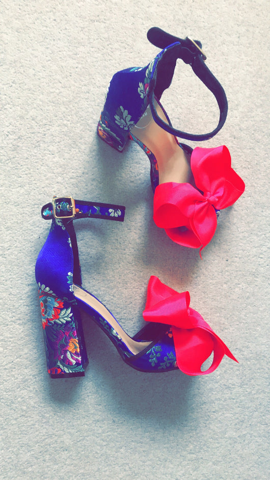 SAMPLE Pink Zenia Bow Heels