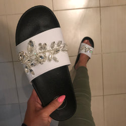 Diem White Crystal Sliders