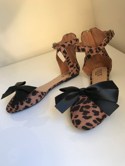 SAMPLE Jungle Queen Bow Flats