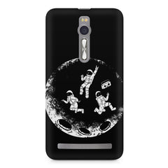 Enjoying space astraunauts design Asus Zenfone 2 ( ZE551 ML ) printed back cover