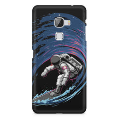 Astronaut space surfing design    LeEco le max hard plastic printed back cover