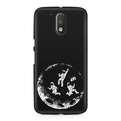 Enjoying space astraunauts design Moto G4/G4 Plus printed back cover