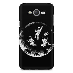 Enjoying space astraunauts design Samsung J7 2016 version  printed back cover