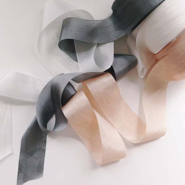 Awww, silky silky now: Customize your bouquet ribbons