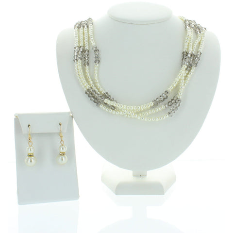 Trendy Pearl Necklace