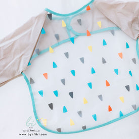 Multifunctional sleeved bibs