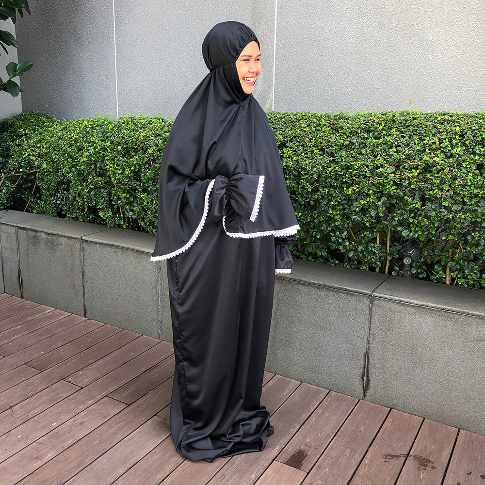 Travel prayer robe