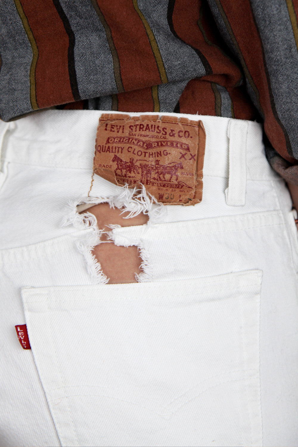 White Levi's 501s Ripped Rear 28X28