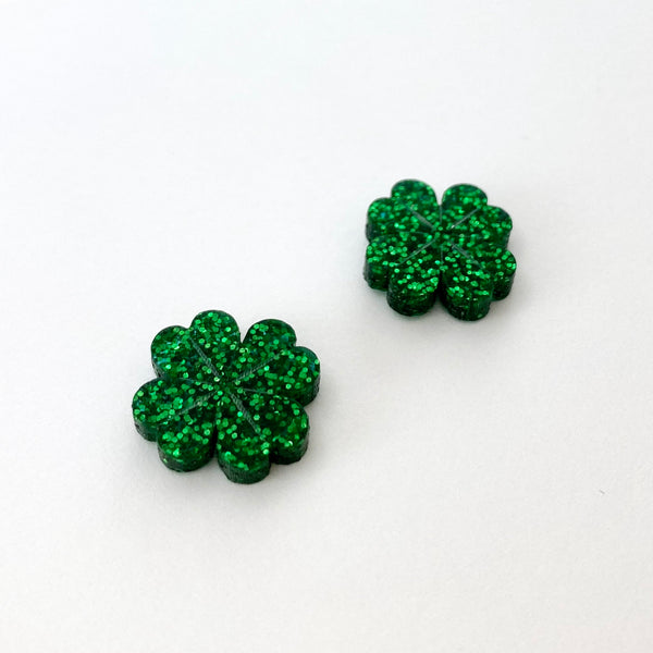 Four Leaf Clover studs - dark green glitter