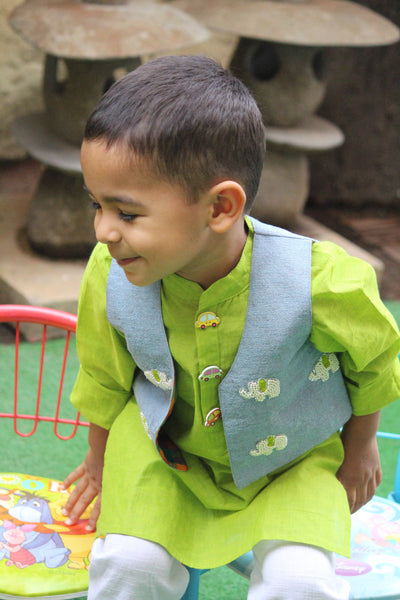 Green Kurta w Car Buttons