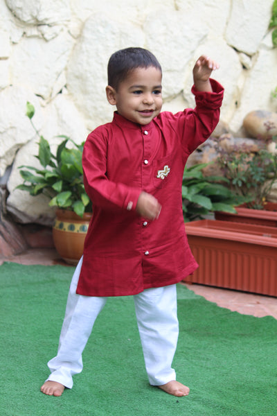 Maroon Sherwani With White Pyjama
