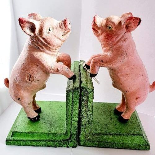 Bookends  - Pigs