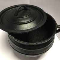 Cast Iron Skillet Pot and Lid
