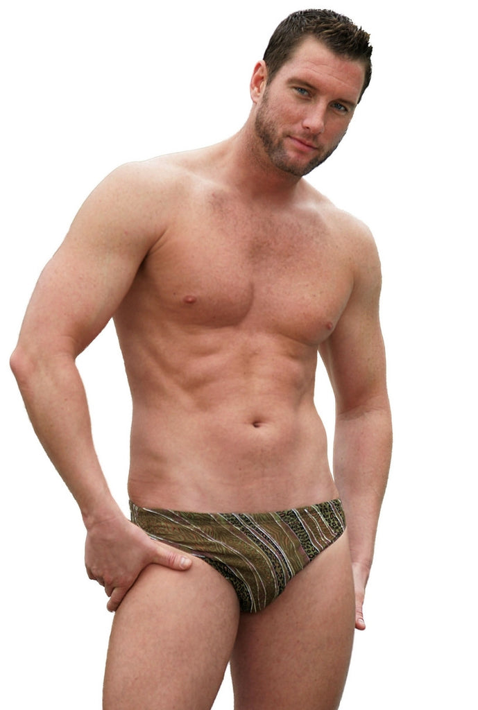 Tan through Animal 1 inch racer for men.