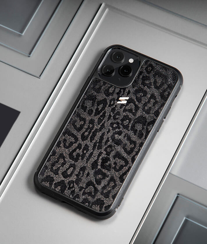 Black leopard iphone case made in genuine leather