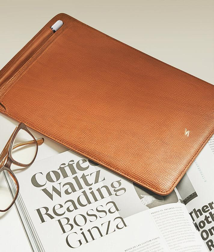 ipad leather sleeve with space to store for pencil