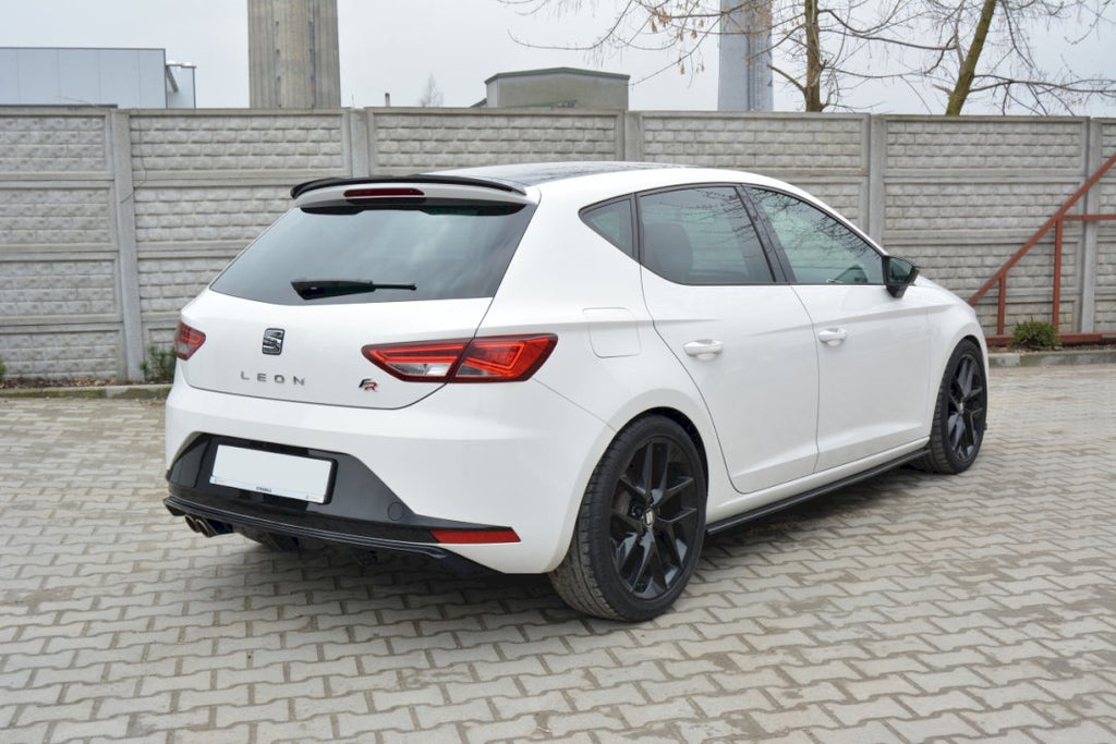 REAR VALANCE SEAT LEON III FR - Car Enhancements UK