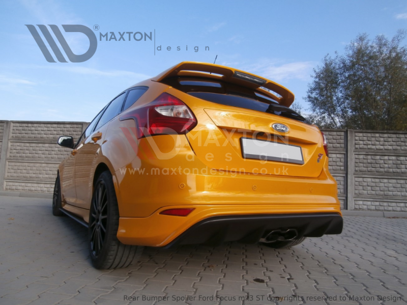 REAR VALANCE RS2015 LOOK FORD FOCUS MK3 ST (PREFACE)