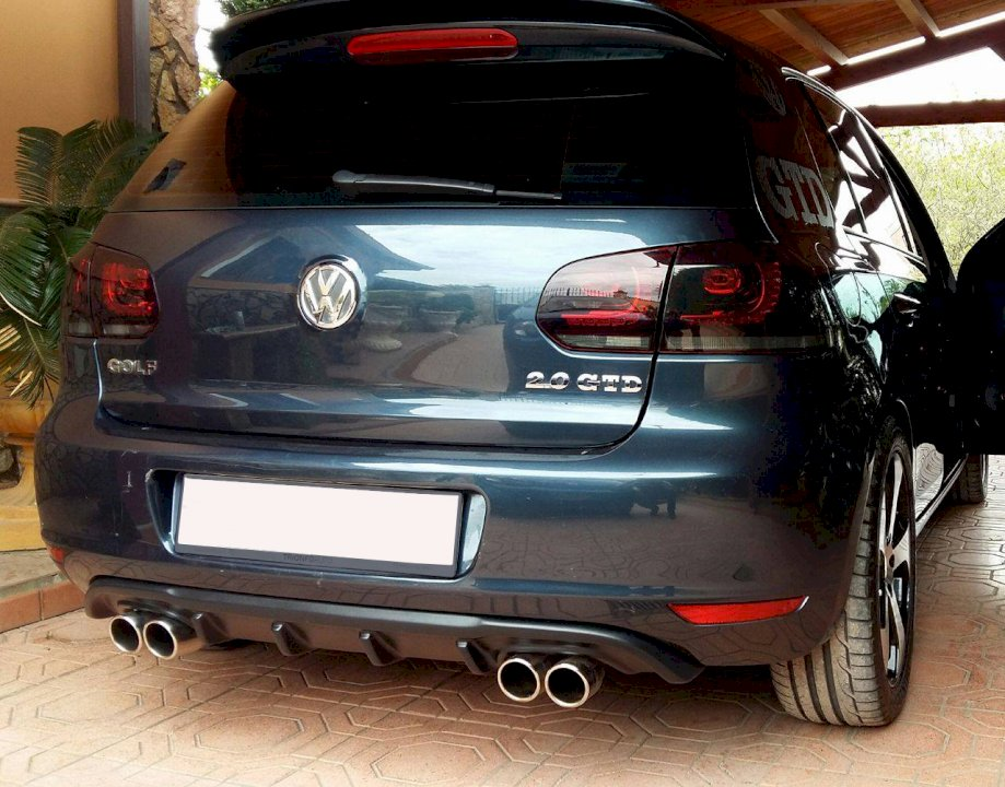Rear Valance VW GOLF MK6 with 2 Exhaust Holes - Car Enhancements UK