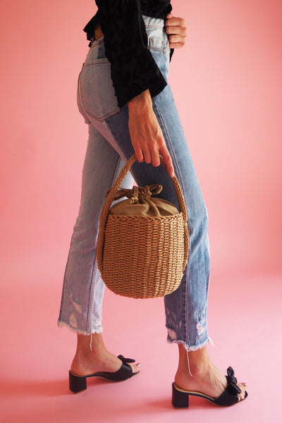 THE BAD GIRL BUCKET BAG - You.