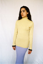 Load image into Gallery viewer, BLAIR YELLOW RIBBED MERINO TURTLE NECK SWEATER