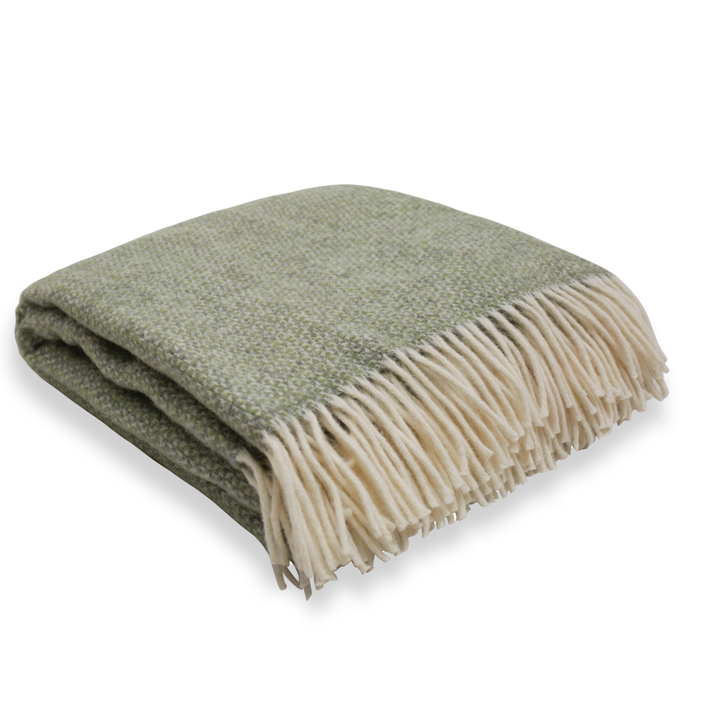 Soft Wool Throw - Sage green