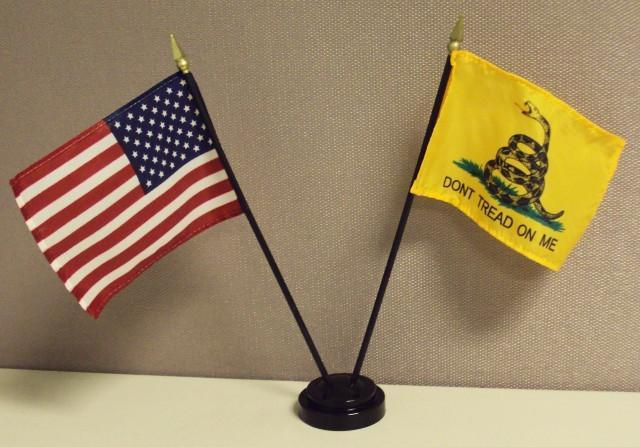 USA & Gadsden Desk Flag Set