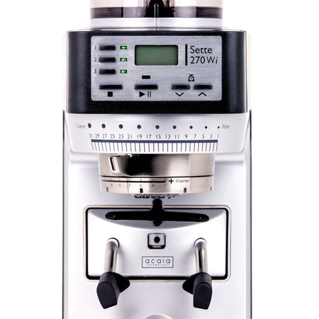 Baratza Sette 270Wi - Conical Burr, Stepless, Doserless, Weight-Based Dosing - display and grind adjustment detail - at Total Espresso