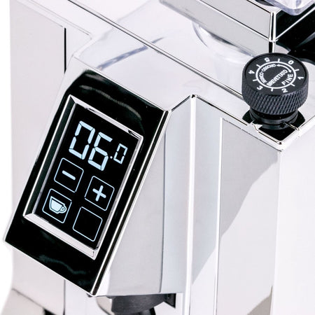 Eureka Mignon Specialita Stepless Doserless Coffee Grinder - display detail - at Total Espresso