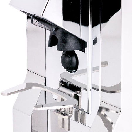 Eureka Mignon Specialita Stepless Doserless Coffee Grinder - portafilter rack detail - at Total Espresso