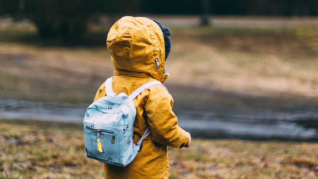 Backpack and gym bag spray for kids essential oil recipe