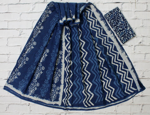 LPISPO20- baghru block printed indigo color malmal cotton saree with pompom borders