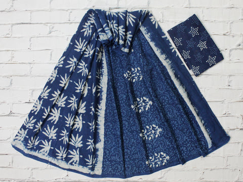 LPISPO21- baghru block printed indigo color malmal cotton saree with pompom borders