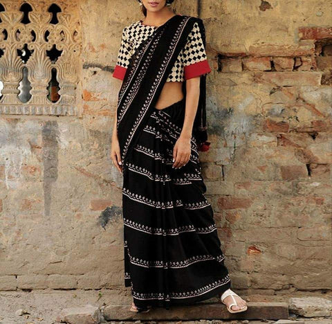 LPIBL01- black block print malmal  cotton saree with varli printed off white blouse with out pompom