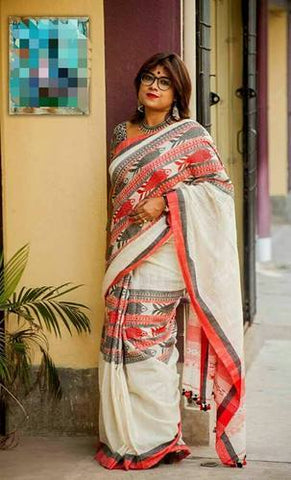 HBFMKCSBW- Black and white fish motif handwoven khadi cotton saree with blouse